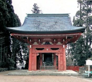 Glockenturm des Enryaku-ji Tempels auf dem Mount Hiei/Japan