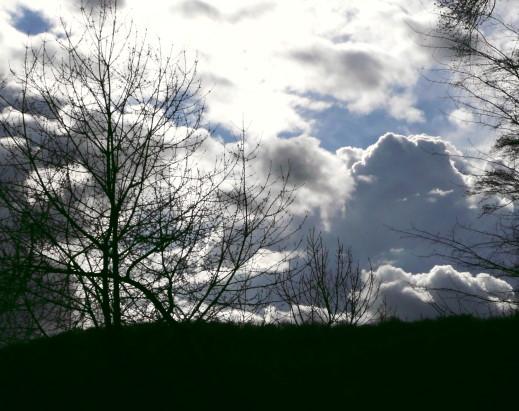 Wolkengemälde, starke vertikale Durchmischung!