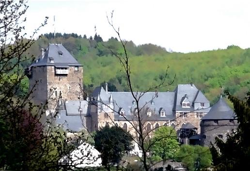 Schloss Burg oberhalb der Wupper im Bergischen Land!