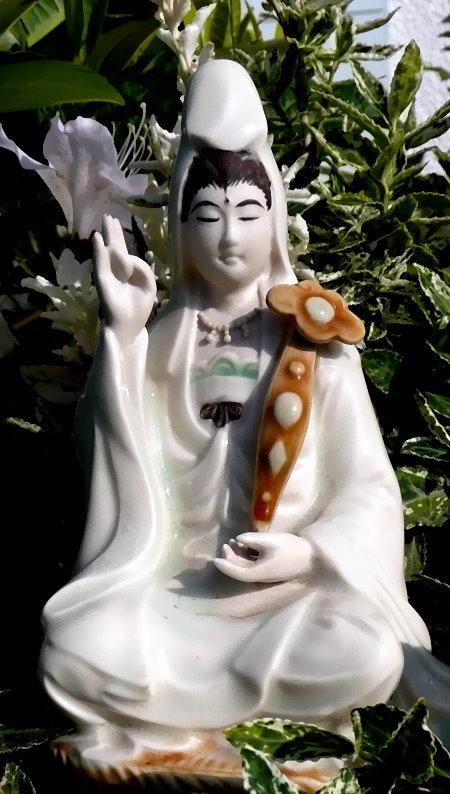 Guanyin als die Verkörperung der göttlichen Mutter in der chinesisch-buddhistischen Kultur.