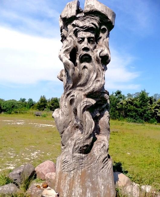 Vier-gesichtige Svantevit-Skulptur!