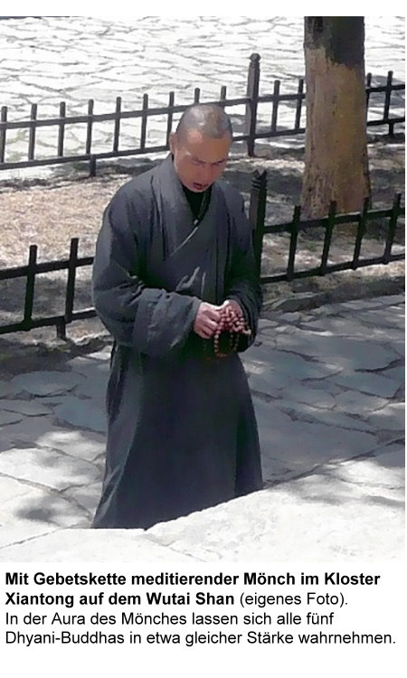 wutai-shan-d-mit-gebetskette-meditierender-monch.jpg