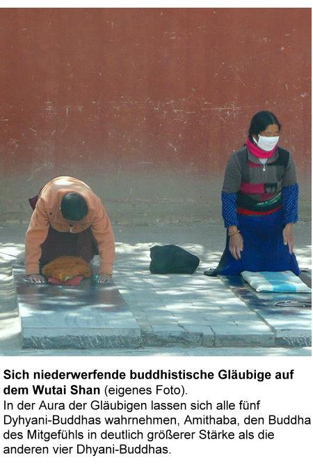 wutai-shan-d-sich-niederwerfende-buddhistische-glaubige-auf-dem-wutai-shan.jpg