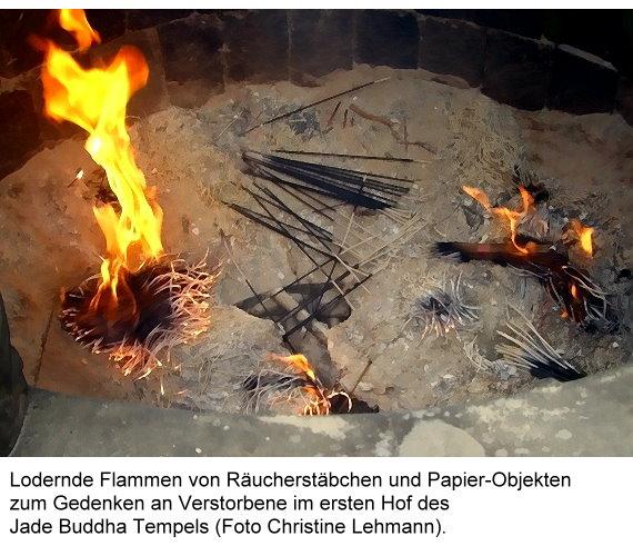 jade-buddha-i-lodernde-flammen-von.jpg
