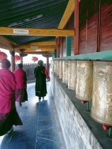 Gebetsmühl, buddh. Nonnen auf dem Wutaishan(eig. Foto)